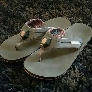 fc6d3e38bbb3 Teva Shoes - TEVA 4068 Illum Taupe Tan Flip Flop Sandals